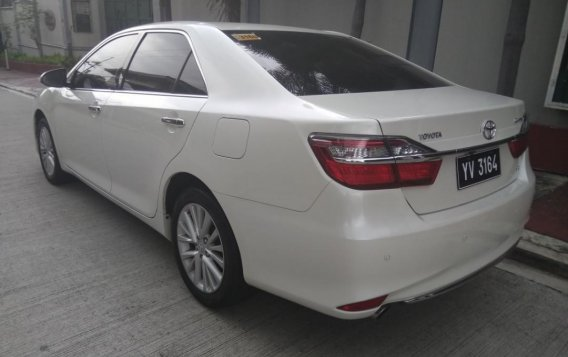 Pearl White Toyota Camry 2016 for sale in Manila-1