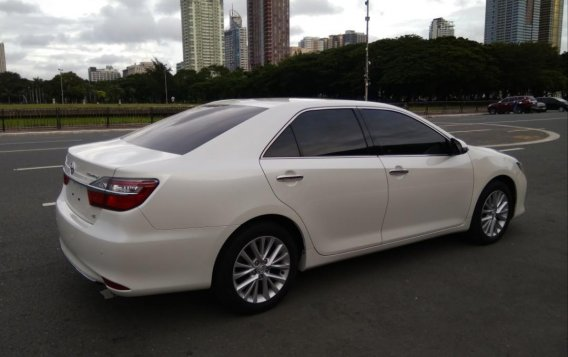 Pearl White Toyota Camry 2016 for sale in Manila-6