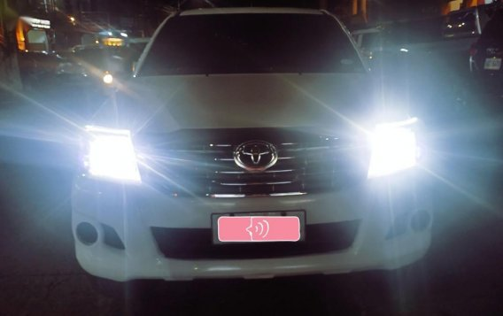 Toyota Hilux 2014 for sale in Quezon City-8