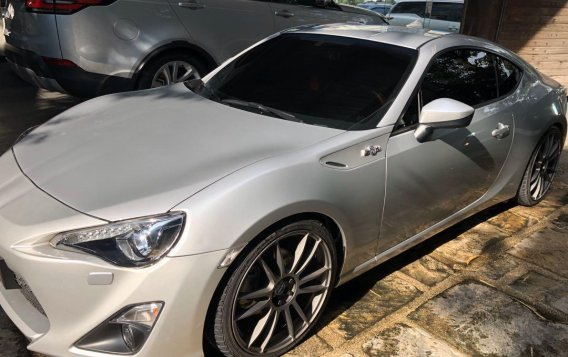 Selling Silver Toyota 86 2019 in Manila-3