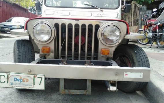 Selling Red Toyota Tundra 1993 in Quezon City-3