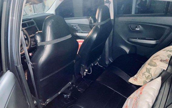 Selling Grey Toyota Wigo 2018 in San Mateo-5