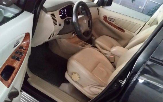 Black Toyota Innova 2006 for sale in Manila-4