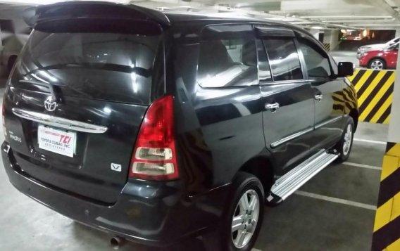 Black Toyota Innova 2006 for sale in Manila-3