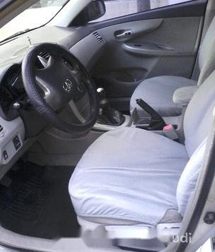 Silver Toyota Corolla altis 2009 for sale in Manual-3