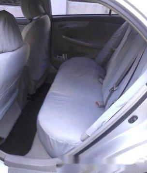 Silver Toyota Corolla altis 2009 for sale in Manual-2