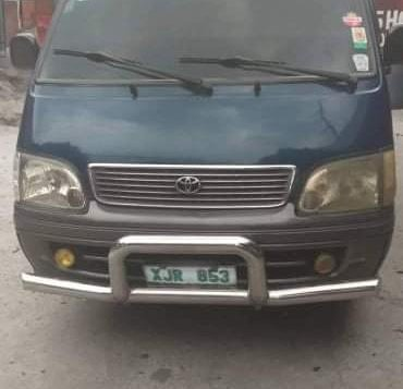 Green Toyota Hiace 2004 for sale in Caloocan City-4