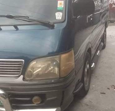 Green Toyota Hiace 2004 for sale in Caloocan City