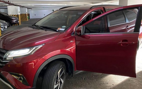Red Toyota Rush 2020 for sale in Mandaluyong City-3