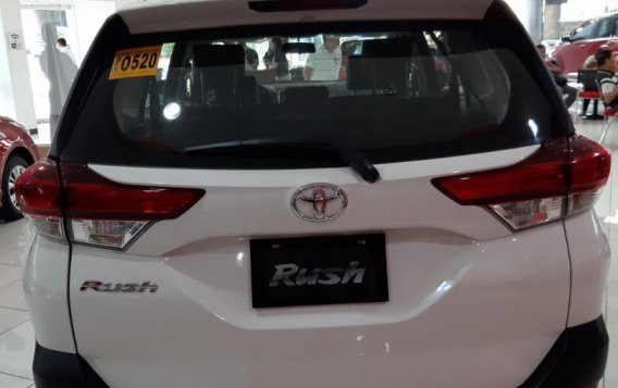 Selling White Toyota Rush 2020 in Paranaque City-2