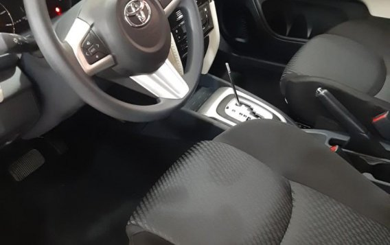 Selling White Toyota Rush 2020 in Paranaque City-7