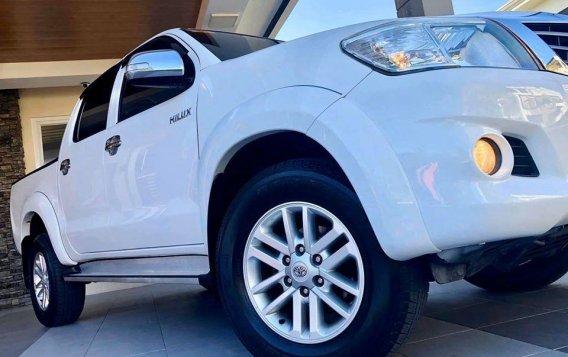 Selling White Toyota Hilux 2014 SUV / MPV in Manila-5