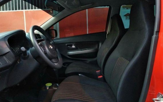 Selling Red Toyota Wigo 2018 Hatchback in Manila-1