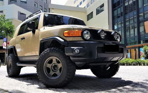 Beige Toyota Fj Cruiser 2015 for sale in Manila-1