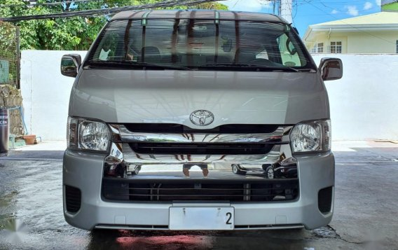 Silver Toyota Grandia for sale in Mandaluyong -3