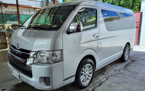 Silver Toyota Grandia for sale in Mandaluyong