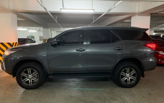 Black Toyota Fortuner for sale in Quezon City-4