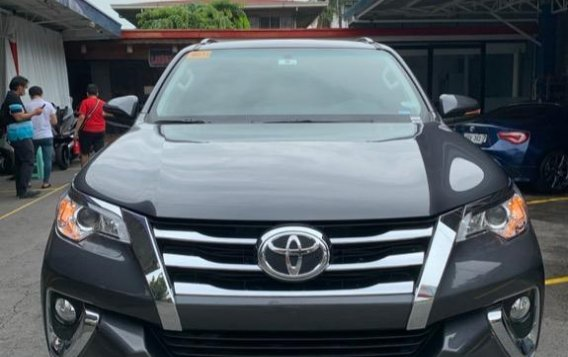 Black Toyota Fortuner for sale in Quezon City