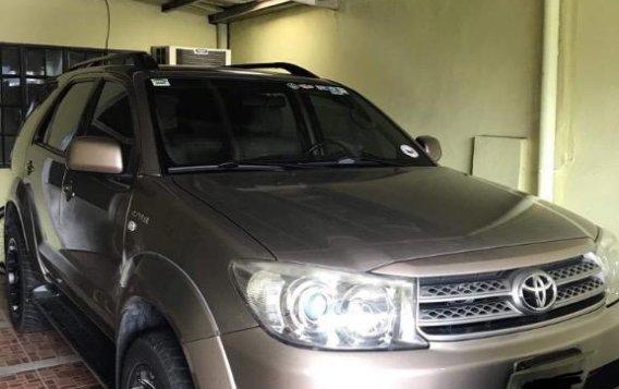 Selling Grey Toyota Fortuner in Muntinlupa-1