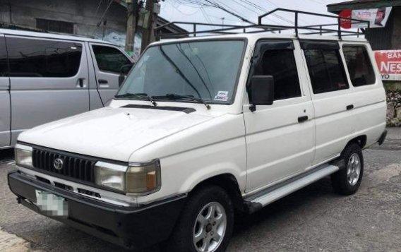 Selling White Toyota tamaraw in Manila-5