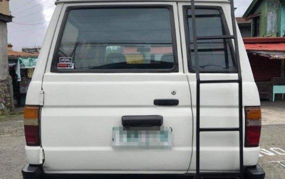 Selling White Toyota tamaraw in Manila-2