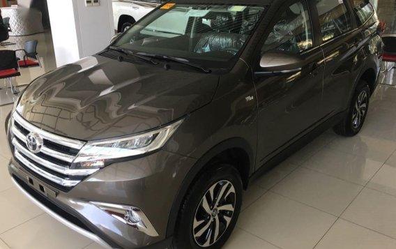 Grey Toyota Rush for sale in Manila-3