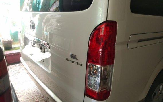 White Toyota Grandia for sale in Valenzuela-2