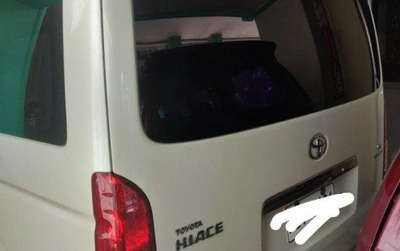 White Toyota Grandia for sale in Valenzuela-3
