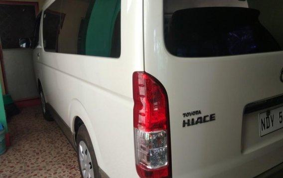 White Toyota Grandia for sale in Valenzuela-1