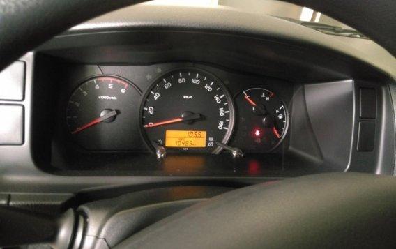 White Toyota Grandia for sale in Valenzuela-4