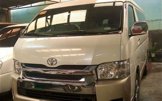 Selling Pearl White Toyota Grandia 2018 in Quezon City