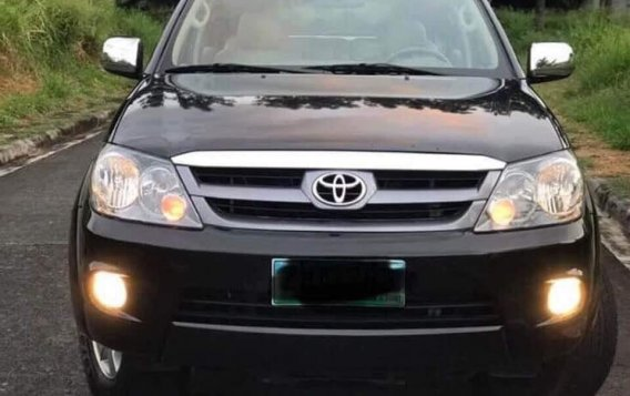 Selling Black Toyota Fortuner 2016 in Parañaque-2