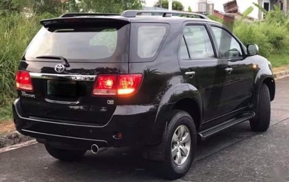 Selling Black Toyota Fortuner 2016 in Parañaque-5