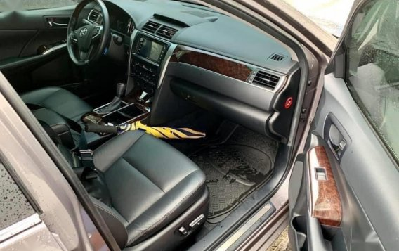 Grey Toyota Camry 2016 for sale in Manila-6