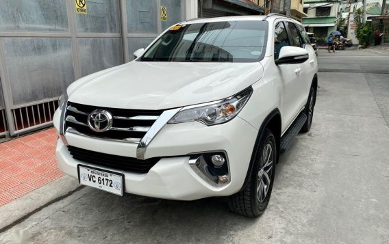 Selling White Toyota Fortuner 2016 in Mandaluyong-3