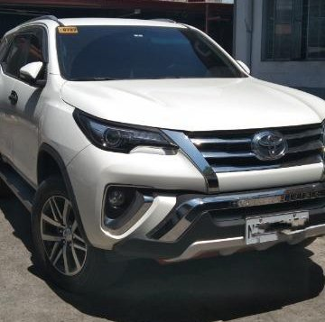 Pearl White Toyota Fortuner 2016 for sale in Valenzuela-1