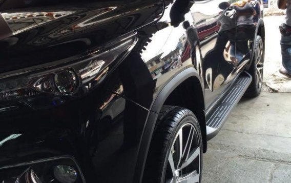 Selling Black Toyota Fortuner in Quezon City-1