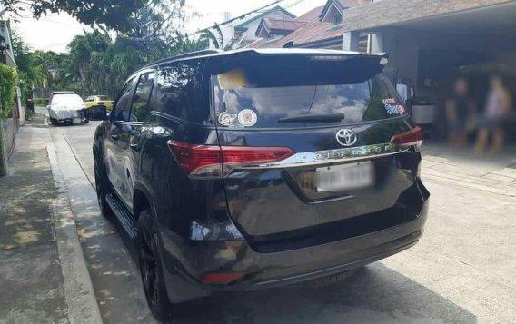 Black Toyota Fortuner for sale in Manila-1