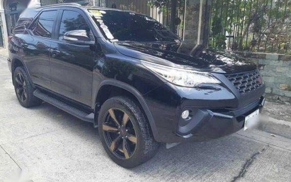 Black Toyota Fortuner for sale in Manila
