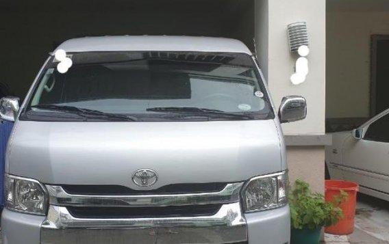 Silver Toyota Grandia 2015 for sale in Manila-3