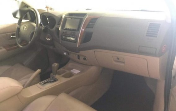 Silver Toyota Fortuner for sale in Muntinlupa-2