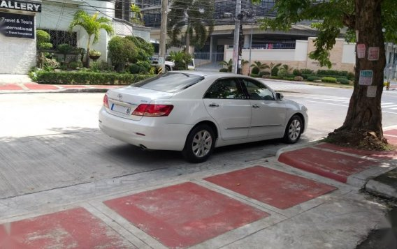 Selling White Toyota Camry in Quezon City-4