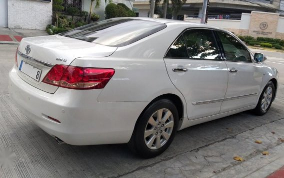 Selling White Toyota Camry in Quezon City-3