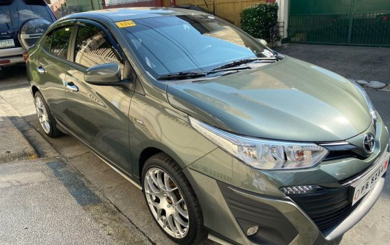 Selling Silver Toyota Vios 2020 in Quezon City-1