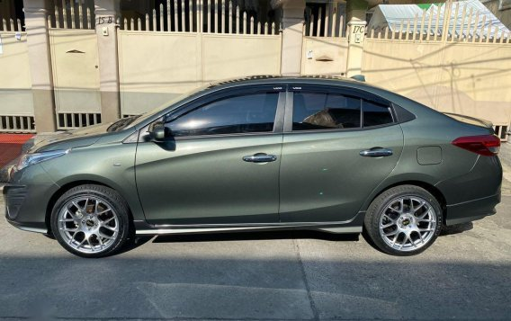 Selling Silver Toyota Vios 2020 in Quezon City-4