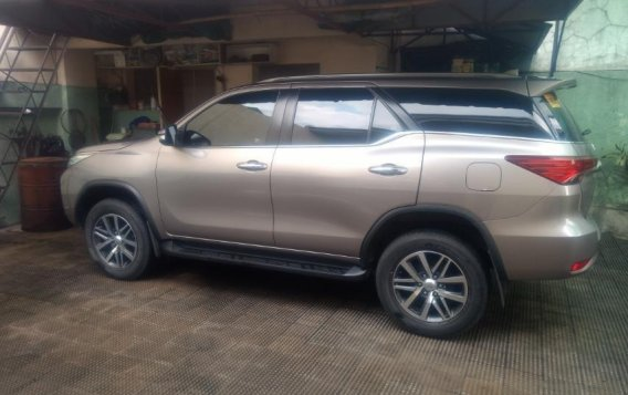 Sell Silver 2016 Toyota Fortuner in Quezon City-1