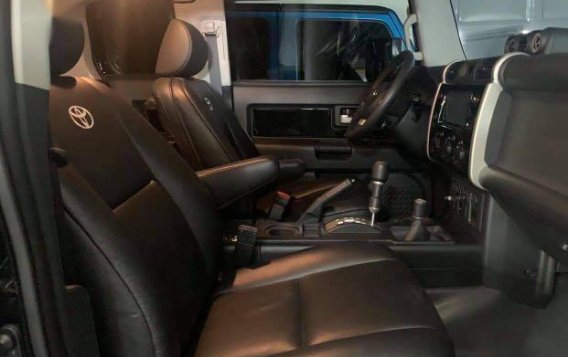 Black Toyota FJ Cruiser 2015 for sale in Manila-6
