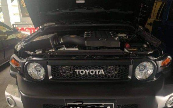 Black Toyota FJ Cruiser 2015 for sale in Manila-8