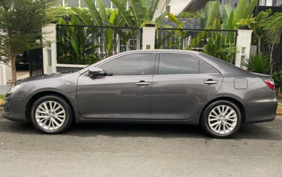 Sell Grey 2016 Toyota Camry in Makati-3