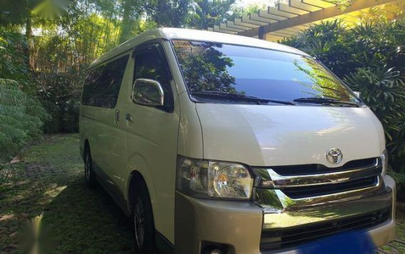 White Toyota Grandia 2016 for sale in Mandaluyong City-4